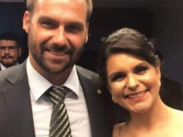 Dayane Pimentel vai voltar à sua insignificância, prevê filho de Bolsonaro