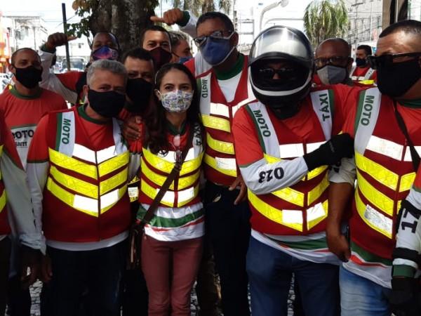 Mototaxistas cobram alvará e lamentam queda na demanda devido à pandemia de covid