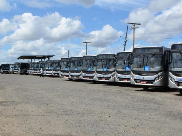 Empresa São João paga quinzena e retorno de ônibus às ruas só depende da boa vontade dos rodoviários