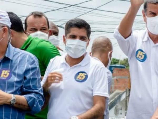 ACM Neto, José Ronaldo e Colbert juntos em inauguração de avenida em Feira nesta segunda (19)