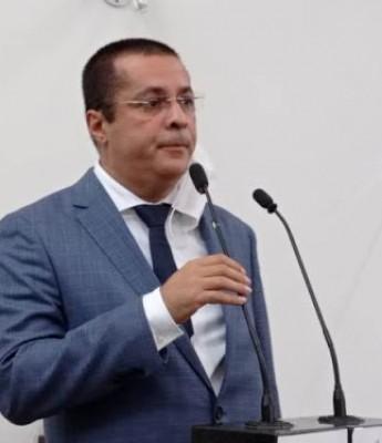 Concurso pública na Câmara e investigação em empresa terceirizada, promete Fernando Torres