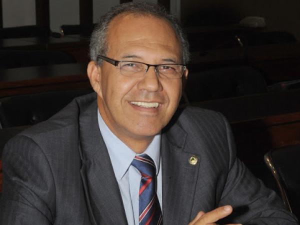 Carlos Geilson critica iniciativa de mudança nas regras eleitorais